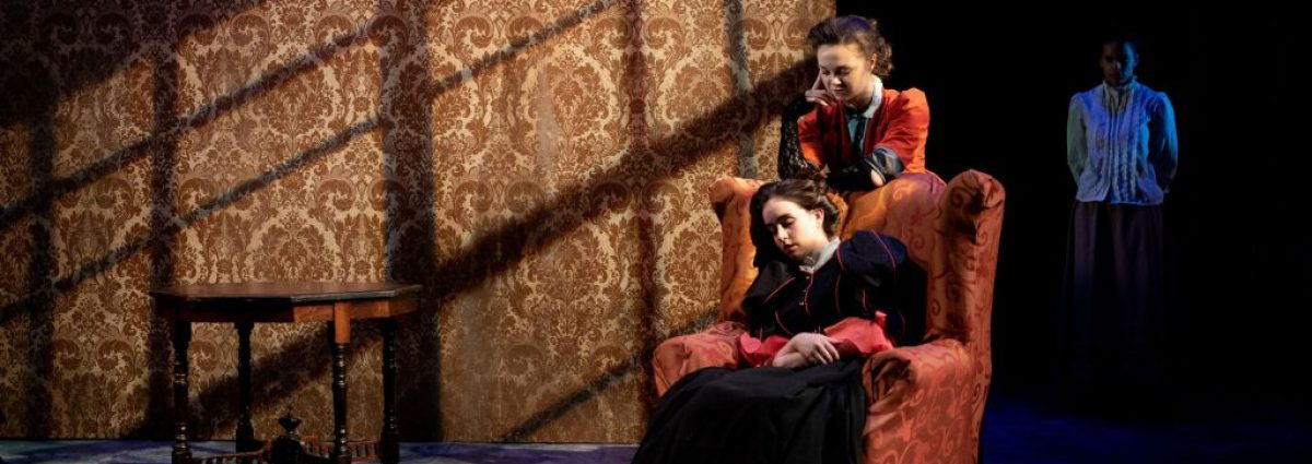 Niamh Franklin (Jekyll) & Sophie Mae Reynolds (Hyde) Photo by Graeme Braidwood