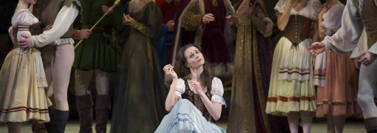 Jenna Roberts as Giselle with Artists of Birmingham Royal Ballet photo by Bill Cooper